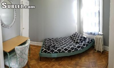 $1200 3 apartment in Sunnyside
