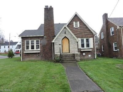 3 Bed 1 Bath Foreclosure Property in Youngstown, OH 44505 - Upland Ave