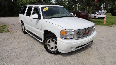 2004 GMC Yukon XL Denali (White)