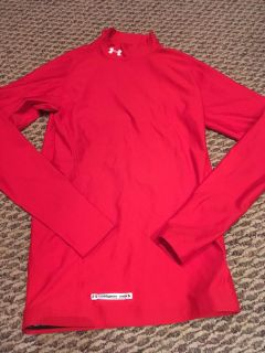 Under Armour Mens Cold Gear Mock Red Shirt, Small!