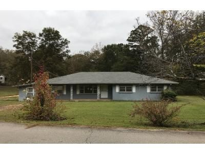 3 Bed 1 Bath Foreclosure Property in Belmont, MS 38827 - County Road 6