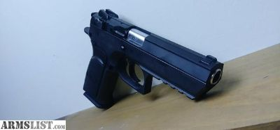 For Sale: Magnum reasearch desert eagle 45acp. Asking 650 firm