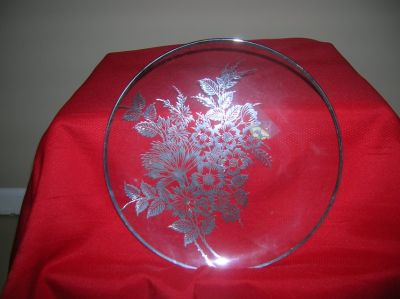 Crystal plate with sterling silver design