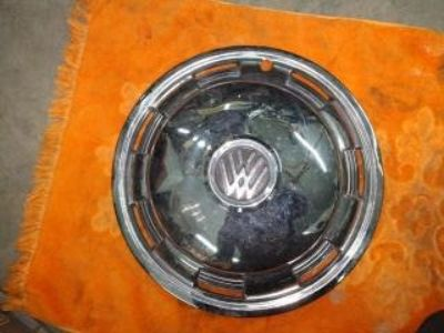 aftermarket beetle hubcap JC Whitney new