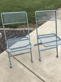 Vintage Metal Outdoor Patio Garden Folding Chairs - Mesh Design, Sturdy: TWO Chairs for ONE Price (Four Chairs Available)