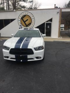 2014 Dodge Charger R/T (White and Blue Strip)