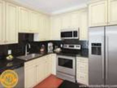 Luxury Edgewater NJ Apartment - No Broker Fee - Minutes from Ferry to Manhattan