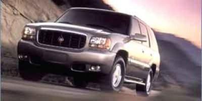 2000 Cadillac Escalade Base (Aspen White Pearl)