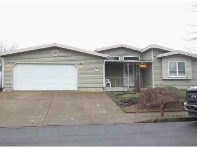 3 Bed 2 Bath Foreclosure Property in Oregon City, OR 97045 - Boynton St
