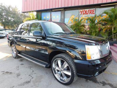 2005 Cadillac Escalade EXT Base (Black)