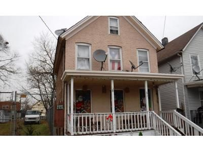 3 Bed 1 Bath Preforeclosure Property in New Brunswick, NJ 08901 - Comstock St