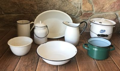 Old enamelware pots, pitcher, bowls