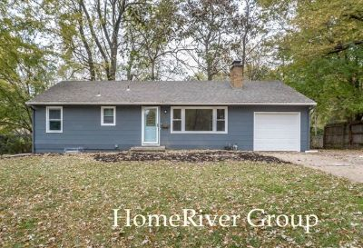 FREE DECEMBER RENT! 3 Bed / 1.5 Bath! Ready for LEASE!
