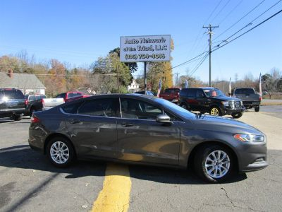 2015 Ford Fusion S (Grey)