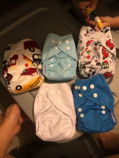 Newborn cloth diapers