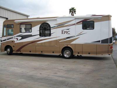 2006 Coachmen Epic 3180DS