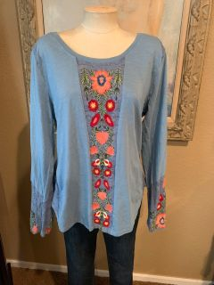 Embroidered Sundance top size large