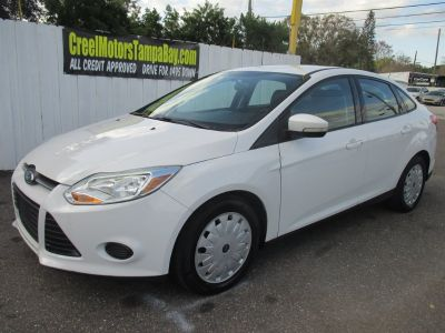 2013 Ford Focus SE (White)