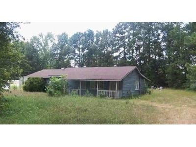 2 Bed 2 Bath Foreclosure Property in Silver Creek, GA 30173 - Rockmart Rd SE