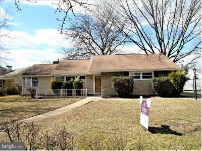 3 Bed 1 Bath Foreclosure Property in New Castle, DE 19720 - Jay Dr