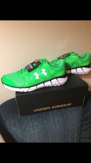 Brand New Big Kids Under Armour Shoes size 5