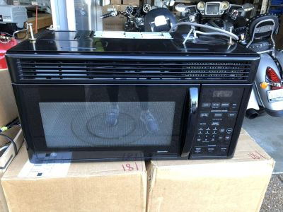 GE Microwave Oven. $25.00