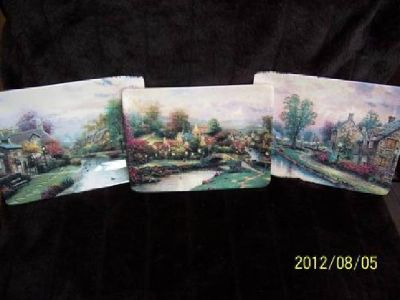 $58 Thomas Kinkade, Lamplite Village, set of 3 plates, Mint condition