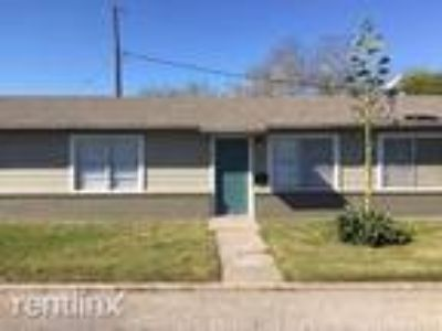 One BR One BA In Kingsville TX 78363
