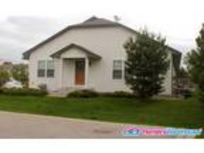 Fantastic Four BR Townhouse for Rent in Shakopee!!