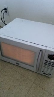 oster 1200 watt large white countertop microwave