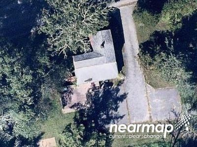 4 Bed 1.0 Bath Preforeclosure Property in Middleboro, MA 02346 - Wood St