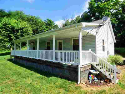 416 E Buck Ave Rural Retreat Two BR, Here's an opportunity for