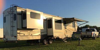 2016 Keystone Montana 3791RD