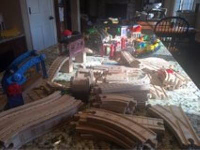 Thomas the Train and Friends Wooden Train Set