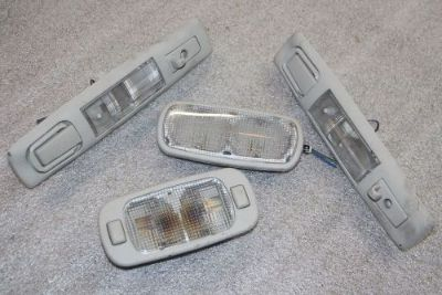 Purchase 2003 Chevy Chevrolet Venture 3.4 - lot 4 pcs set OEM GM Interior Roof Lamp CV2 motorcycle in Thiensville, Wisconsin, United States