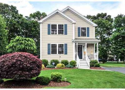 10 Ciera Cir TAUNTON Three BR, WELCOME HOME! Let's start with the