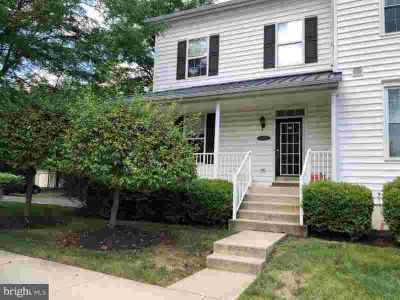 106 Lantern Dr Doylestown Three BR, Welcome home!