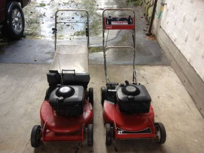 Matched pair of 21 6HP TORO mowers