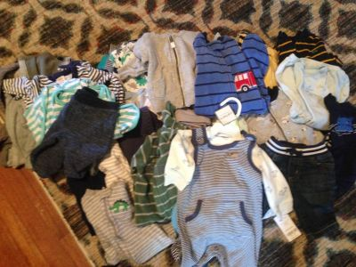 Huge bag of 0 to 3 months baby boy clothes