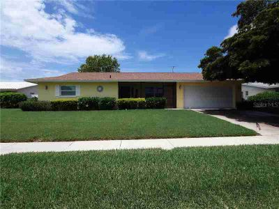 3303 Kenmore Drive SARASOTA Three BR, Looking for perfection?