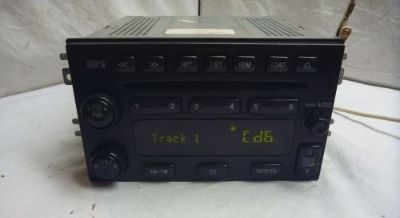 Sell 01-06 Hyundai Santa Fe Radio 6 Disc Cd Player 96120-3E001 ns7013 motorcycle in Williamson, Georgia, United States, for US $150.00