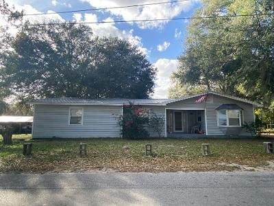 3 Bed 1 Bath Preforeclosure Property in Fort Meade, FL 33841 - S Hendry Ave