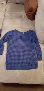 Adorable Navy Blue Apt 9 Sweater Size Large. Excellent Condition