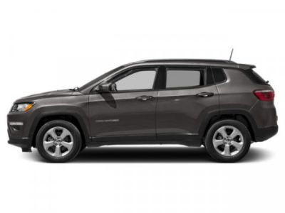 2019 Jeep Compass Latitude (Granite Crystal Metallic Clearcoat)