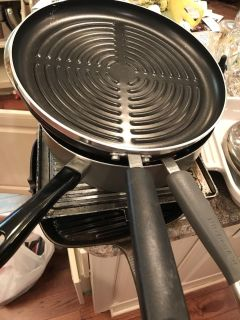 12 Round Griddle pan (for grilling food)