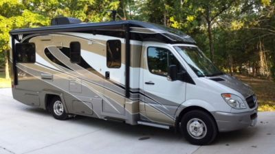 2012 Winnebago View Profile 24G