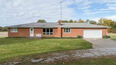 9853 N 650th St Altamont Four BR, All brick ranch home on 20