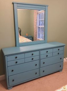 Dresser with Mirror & Matching Nightstands- Shabby Chic