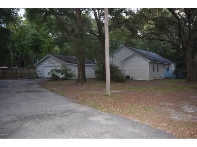 3 Bed 3 Bath Foreclosure Property in Freeport, FL 32439 - County Highway 3280