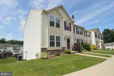 2101 Orchard View Rd READING Two BR, Welcome to carefree living